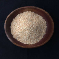 Dried minced garlic